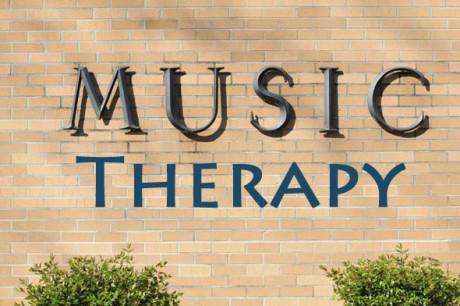 mousikotherapeia-os-dimiourgiki-psychotherapeia_i